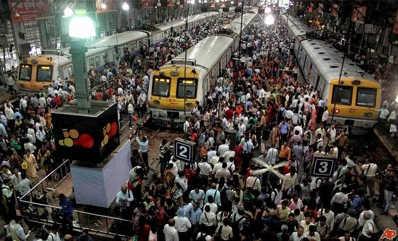 Mumbai Local Trains. For representational purposes only. (Source: Facebook)