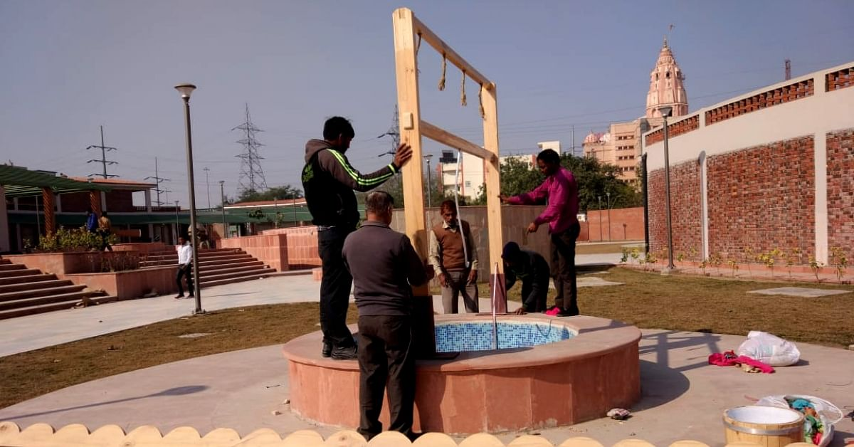 Wood, Wires & Waste Tyres: Noida Uses Discarded Cargo Packaging to Beautify Parks