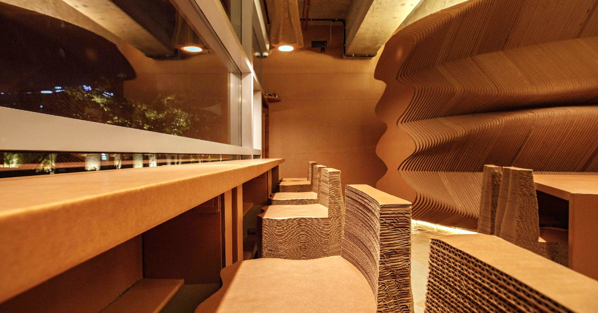 Out-Of-The-Box: Mumbai Cafe Is Made Entirely From Recyclable Cardboard!