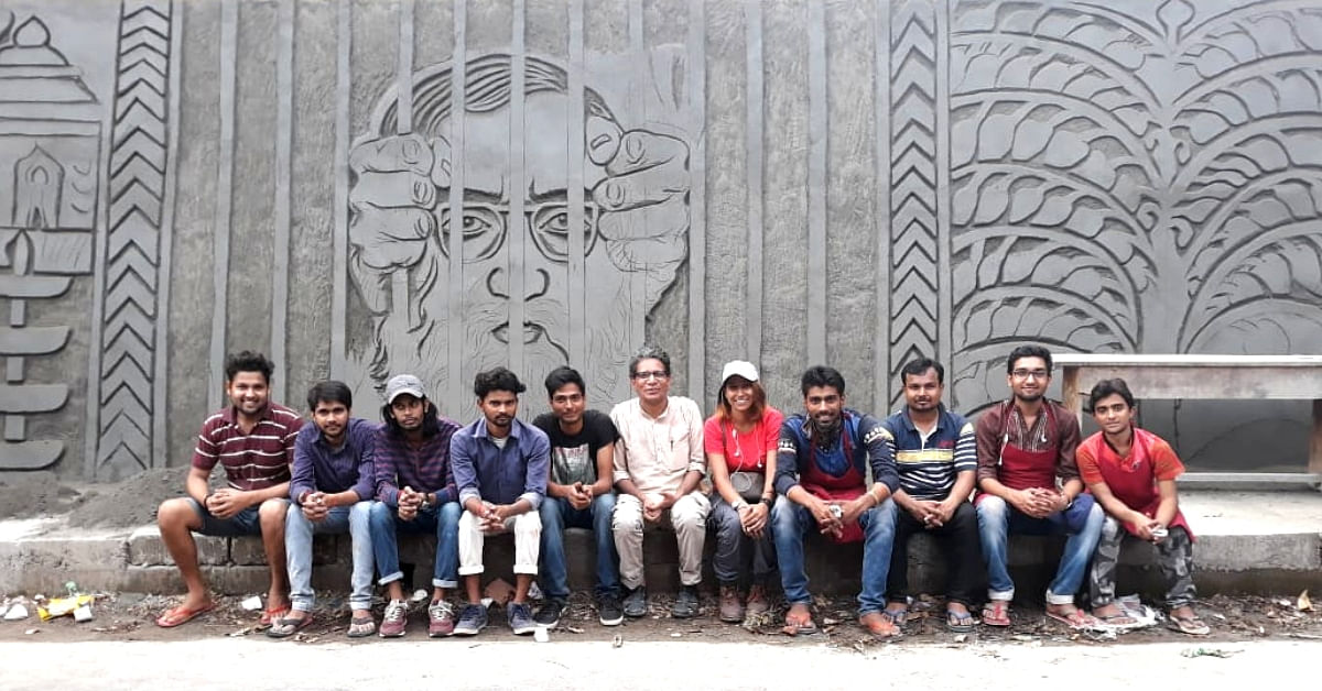 Meet The Art Professor & His Students Carving Some 'Peace' In A Kerala Town