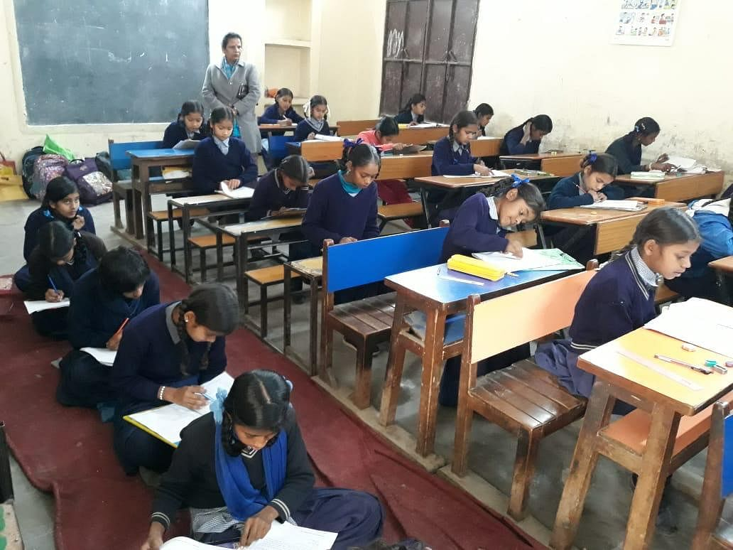 Students writing a Saksham Ghoshna exam. (Source: Samagra)