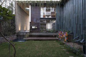 Navi Mumbai sustainable home upcycled waste decor india
