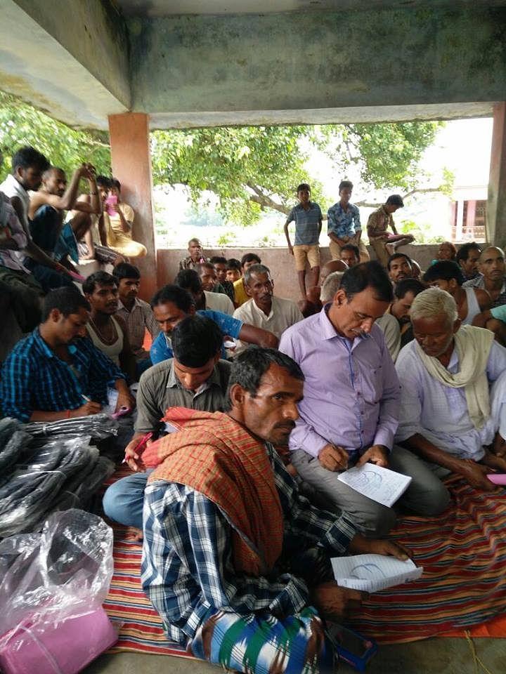 Training on General Agriculture Practices & Market in Gharbandha, Raniganj (Block), Araria (District), Bihar. (Source: DeHaat)