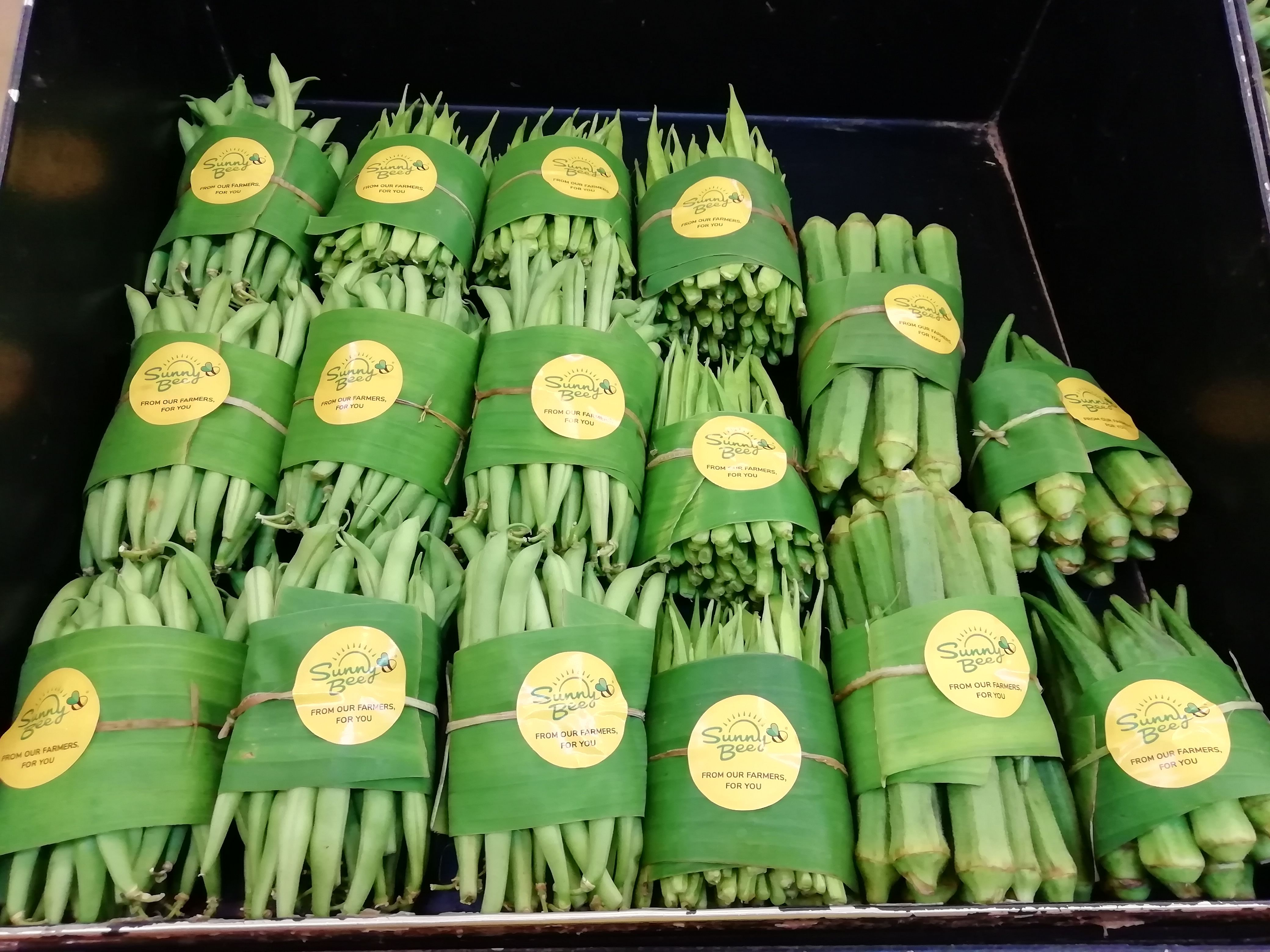 Chennai Store Uses Banana Leaves to Package Veggies!