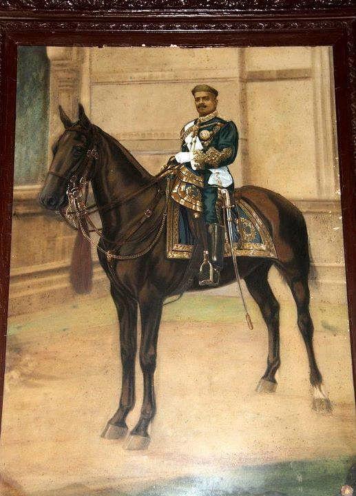 Maharaja Sayajirao Gaekwad III on a horse. (Source: Twitter/History of Vadodara)
