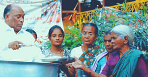 hyderabad-niloufer-cafe-baburao-rags-to-riches-inspiring-india (2)