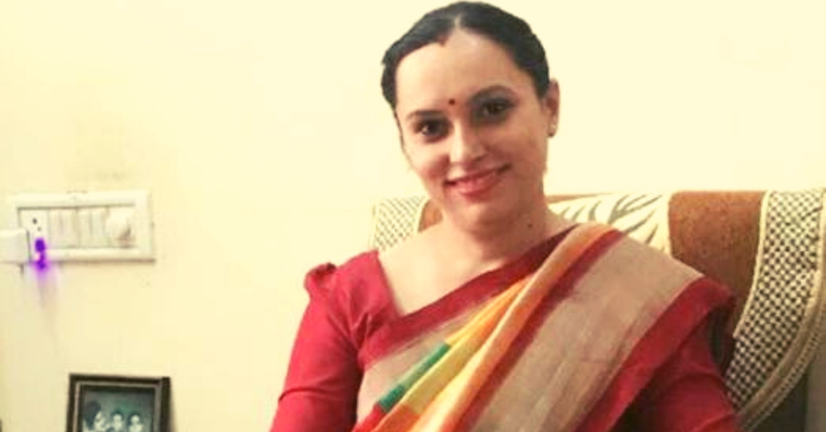 After Battling Dowry, This IAS Officer Topped The UPSC Sans Internet, Newspapers!