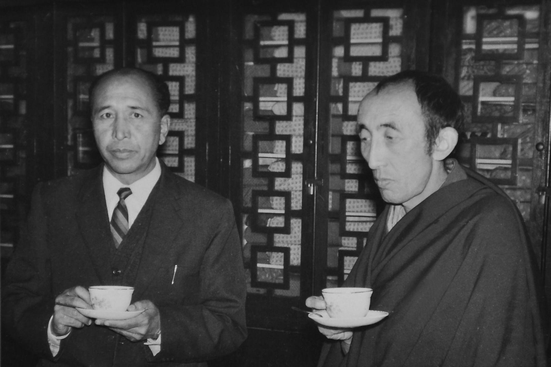 Sonam Norbu with the 19th Bakula Rinpoche. (Source: Sonam Wangchuk)