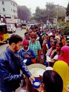 Serving breakfast outside Niloufer Hospital.