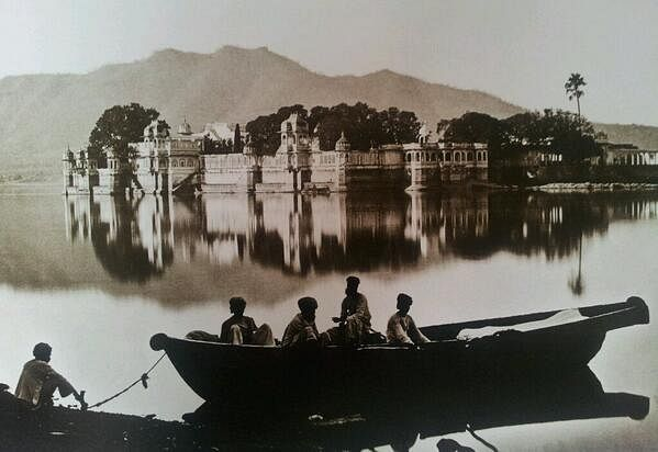 Udaipur, Rajasthan in 1880s. (Credit: Raja Deen Dayal)