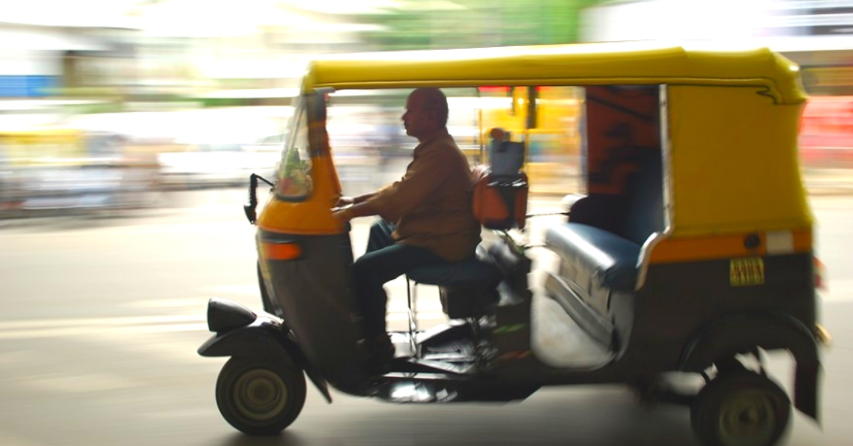 B'luru Auto Driver Takes Pregnant Lady to Hospital, Looks After Newborn for 18 Days!
