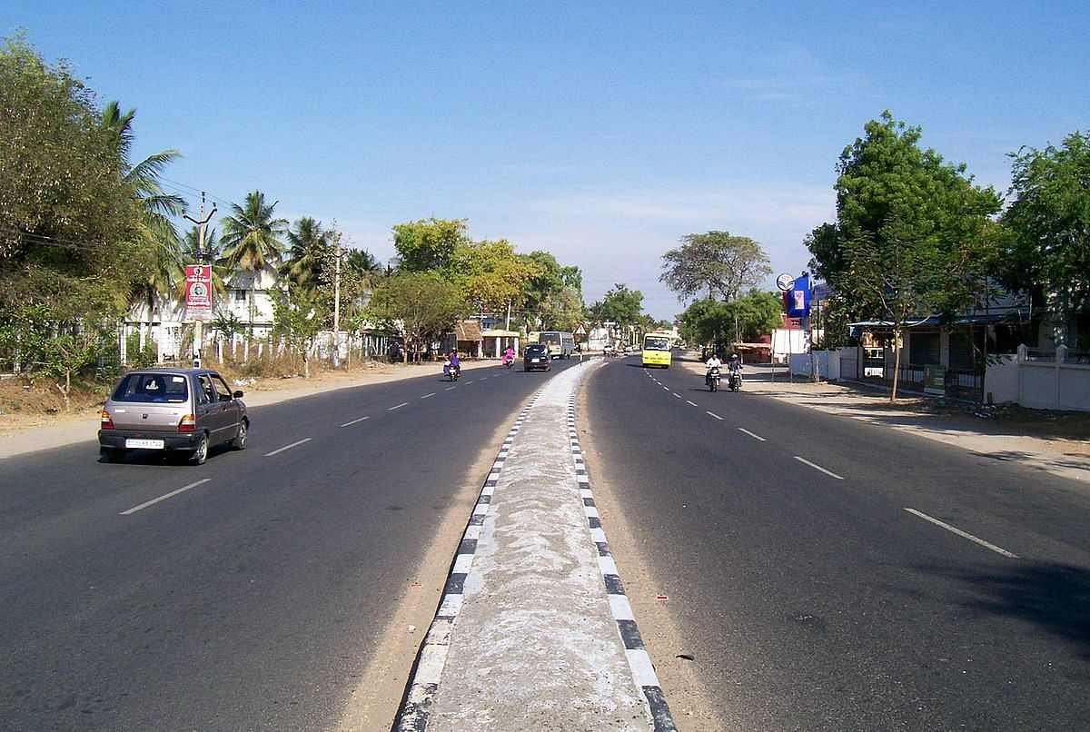 Avinashi-Tirupur-Palladam State Highway 19. (Source: Wikimedia Commons)