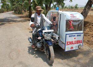 Motorbike ambulance (Source: Twitter/Awanish Sharan)
