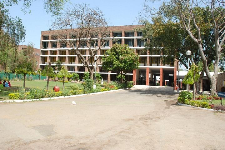 Government Polytechnic For Women Chandigarh (Source: Government Polytechnic For Women Chandigarh)