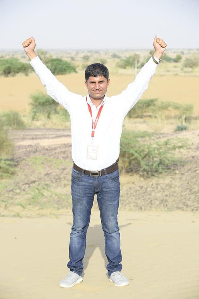 Chaiwalla to Doctor: 5 Teachers Providing Free JEE/NEET Coaching