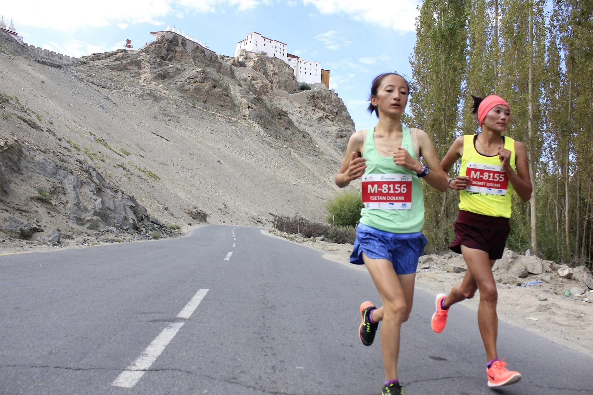 Jigmet Dolma (Right) and Tsetan Dolkar running for a better life and running for Ladakh. (Source: Facebook/Ladakh Marathon)