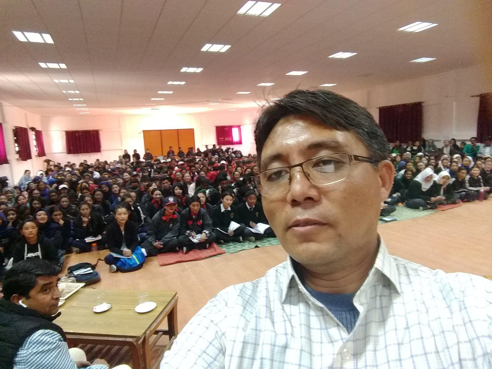 Ladakh's First ISRO Scientist Helps 700+ Village Kids Study!