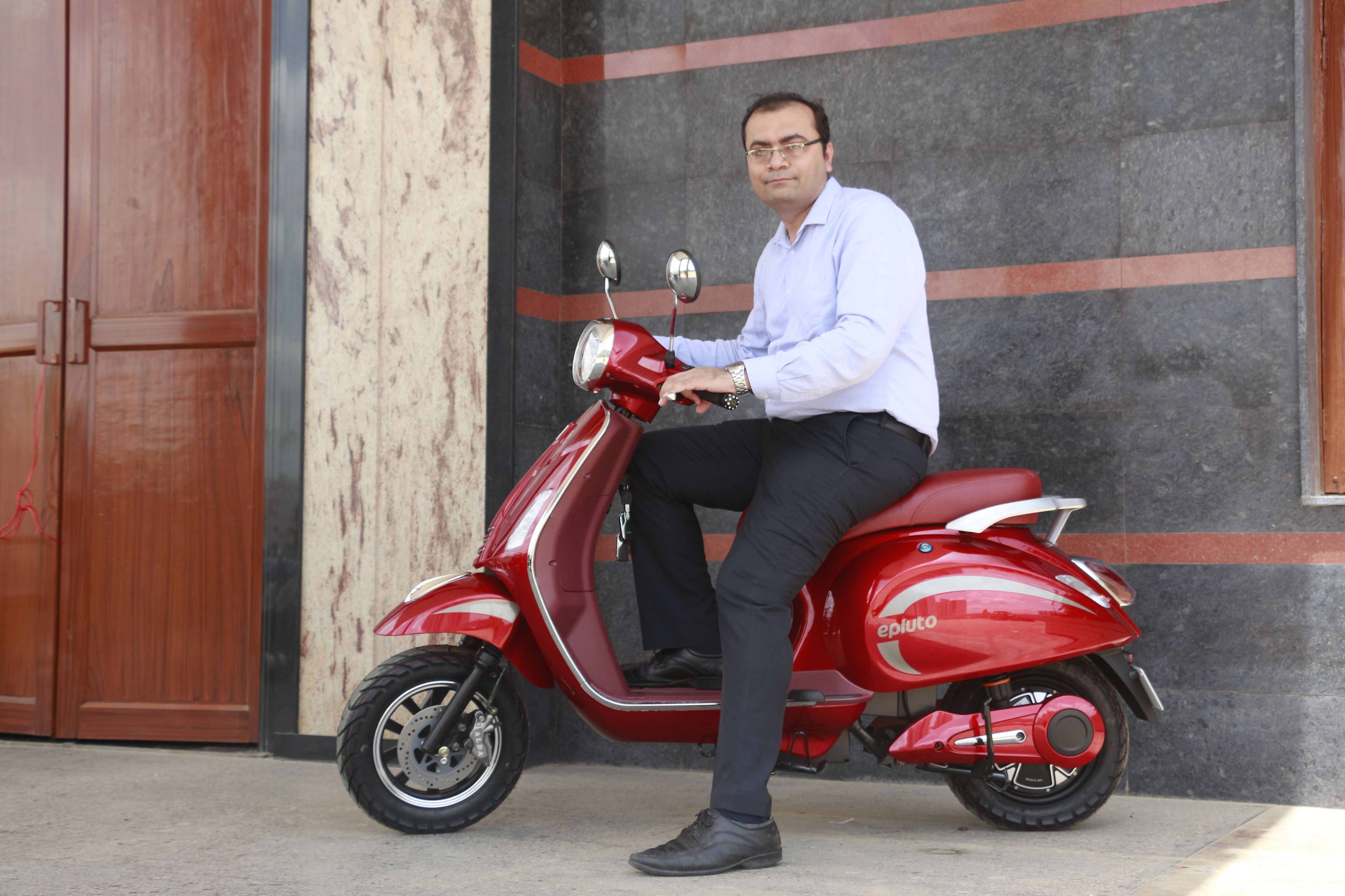 Rohit Vadera, CEO, PURE EV, on the EPluto.
