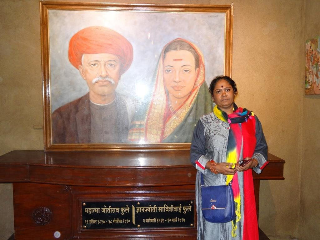 Standing before her heroes Jyotirao Phule and Savitribai Phule. Besides these legendary social reformers, Sunita also cites Dr BR Ambedkar as an icon, who has inspired her life.