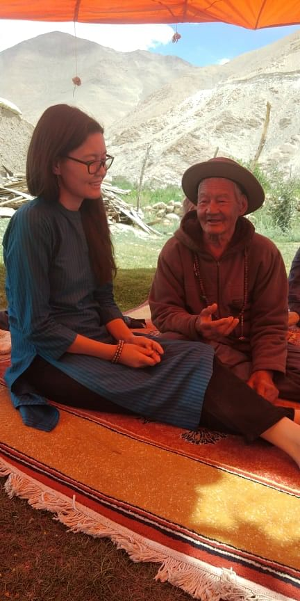 Tsetan Dolkar with her grandfather Tashi Pambar Siaser. (Source: Tsetan Dolkar)