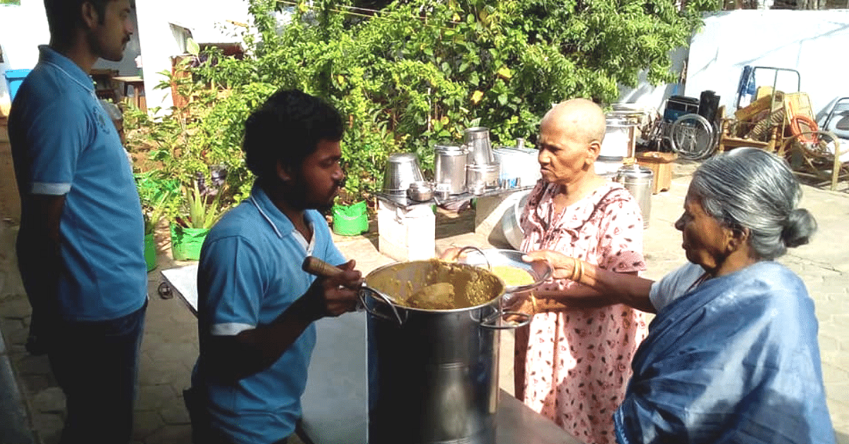 TN Auto Driver Once Wanted to End His Life. Today, He Feeds Thousands of Homeless!