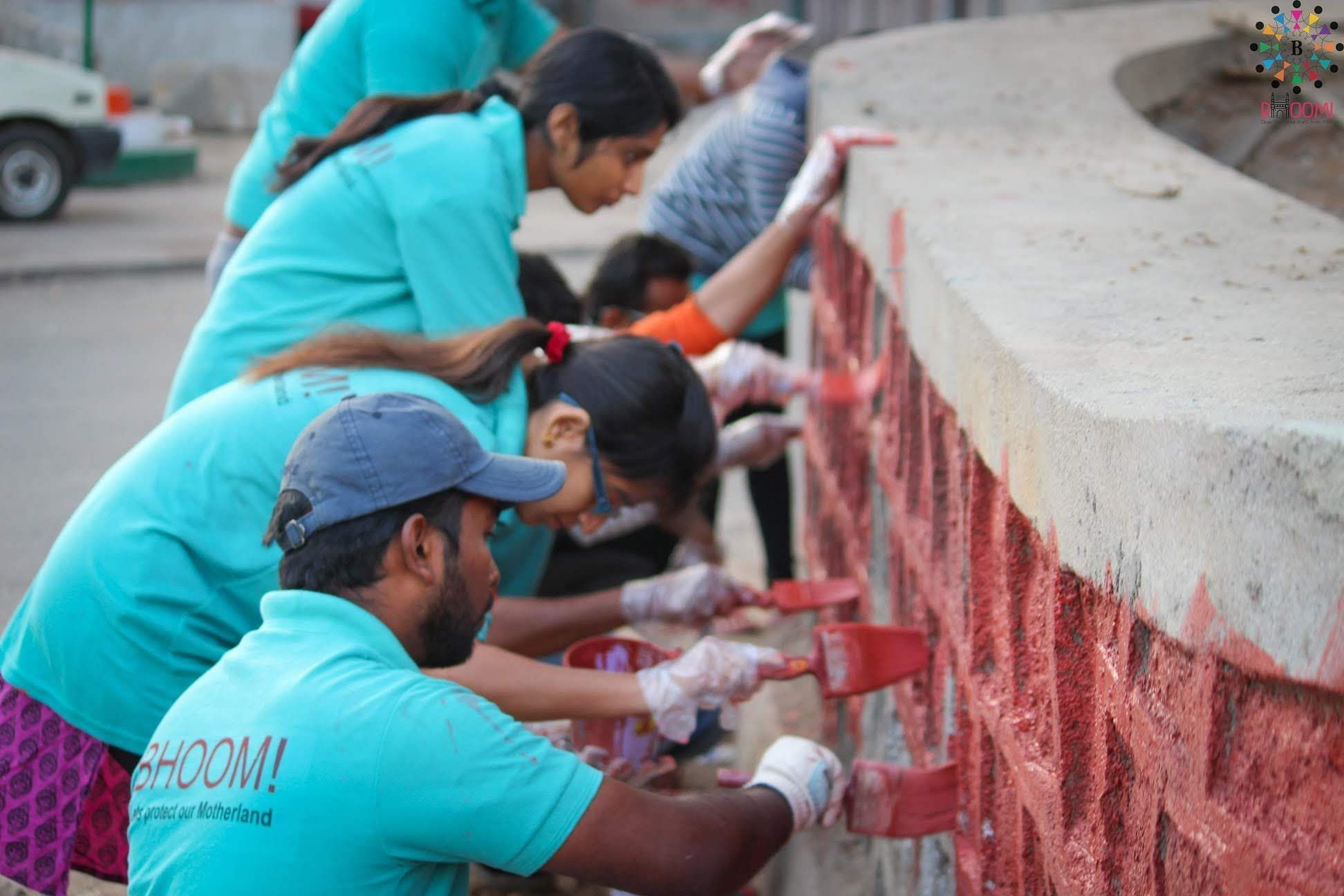 Beautifying our public spaces. (Source: Bhoomi Foundation)