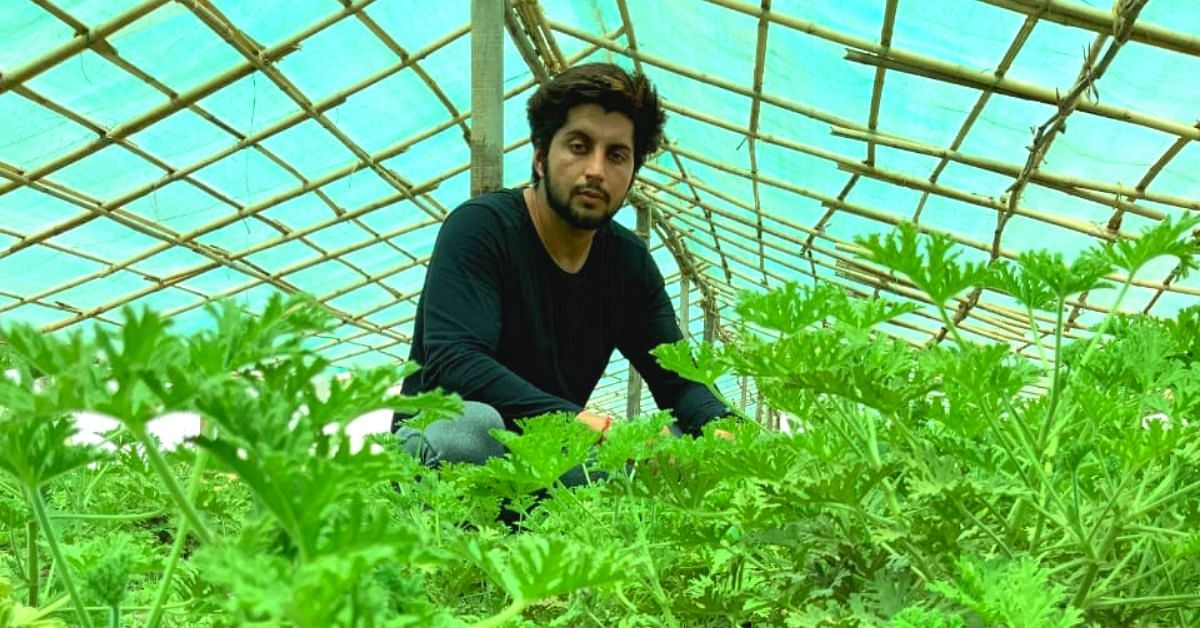 Delhi Engineer Turns Urban Kisan, Earns Rs 40K/Day From Organic Farming!