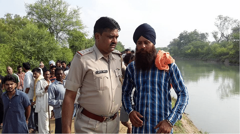 Pargat Singh working with the police. (Source: Pargat Singh)