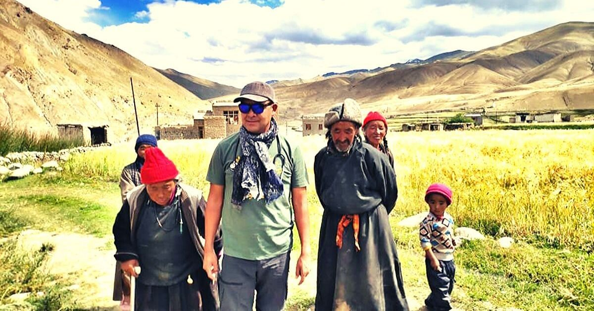 After Losing Mom to Cancer, Ladakh's 'Nomadic Doctor' Helped Save 1000 Women!
