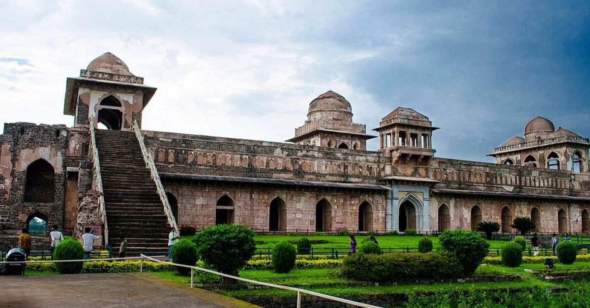 Ancient Mandu's Brilliant Way of Water Conservation Will Blow Your Mind!