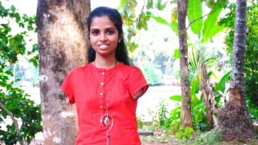 Kerala girl without arms aces exams