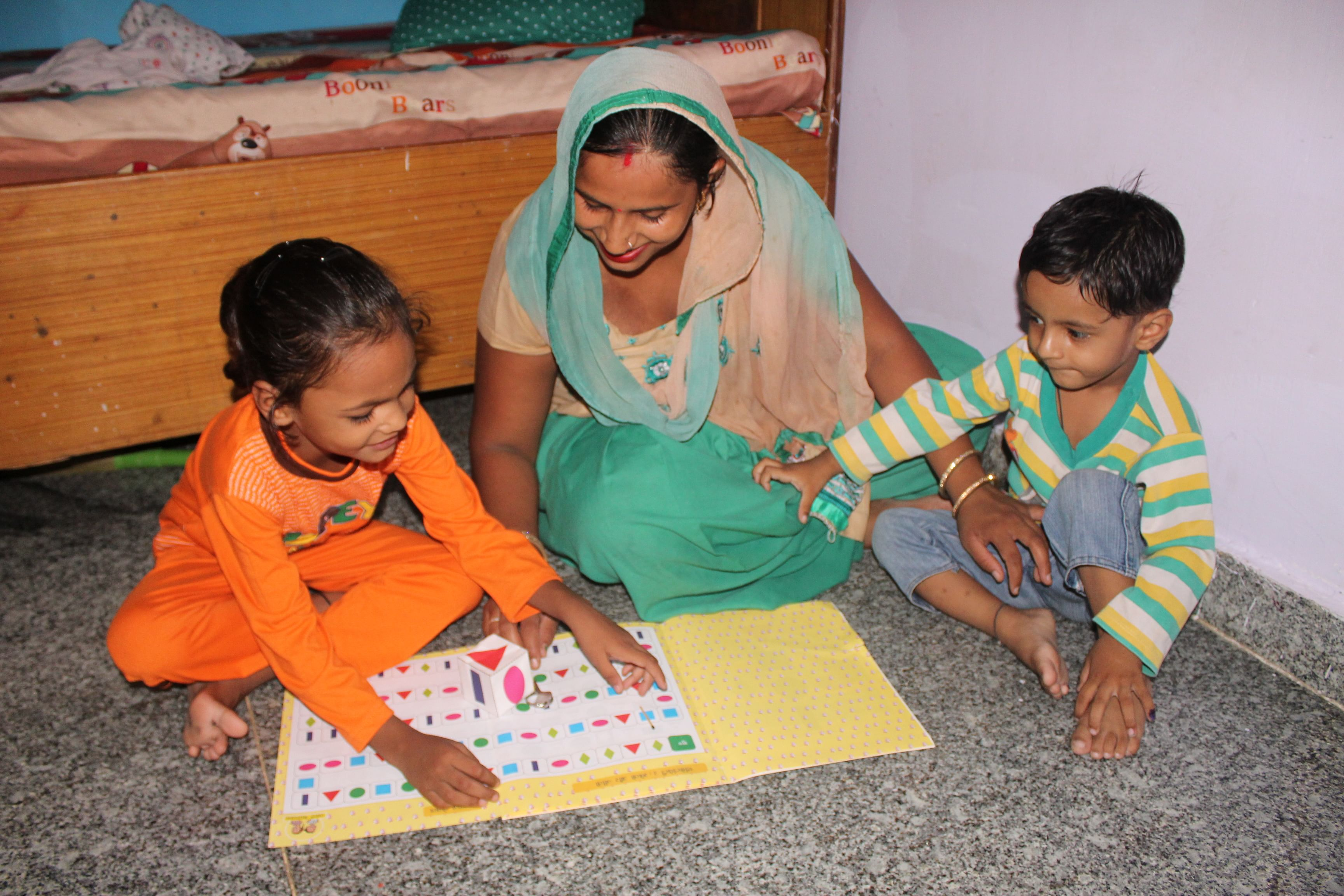 Helping under-educated mothers participate in the education of their own children. (Source: Saarthi)