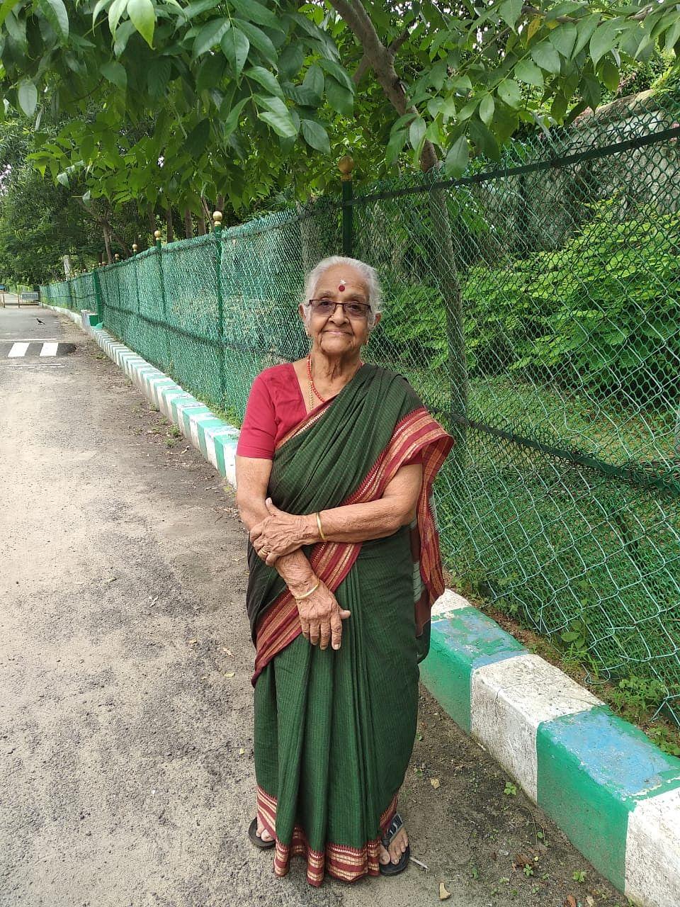 Kamakshi Paati
