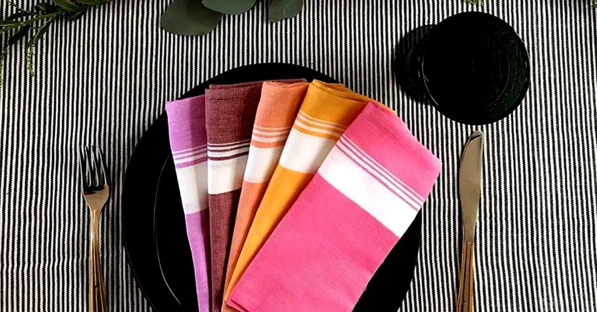 Mom-Daughter Duo Reimagine Kerala's 'Thorthu Towel', Empower 500 Weavers!