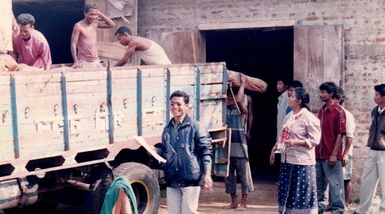 Sister Rose (right) supervising a rubber loading during the formative years of the MMCS. (Source: Facebook)