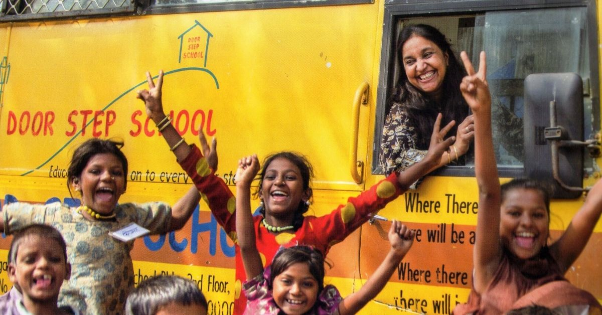 From Doorstep to On Wheels: How This Woman Taught Over 1 Lakh Slum Kids in 30 Yrs