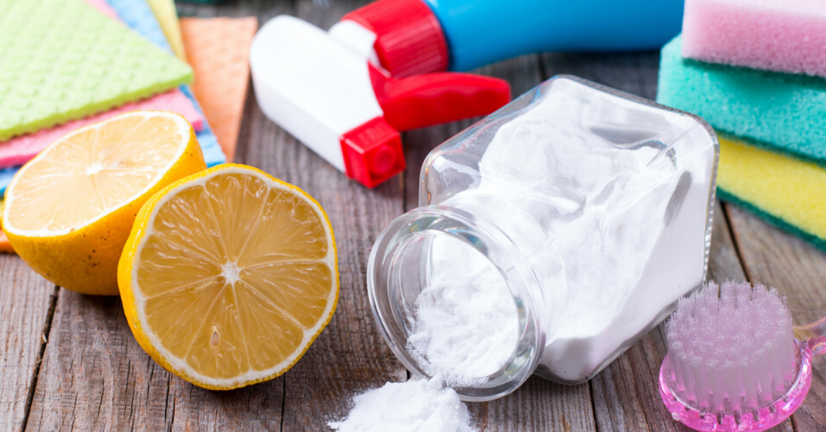 Can A Home Be Cleaned Without Plastic? This Viral Twitter Thread Has The Answer!