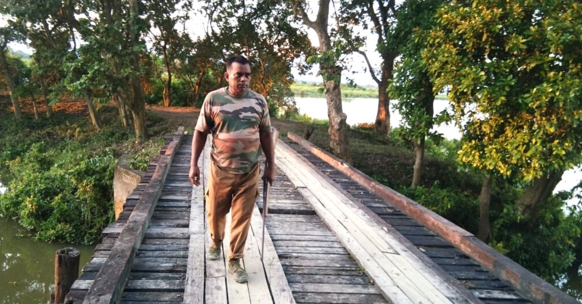 For 33 Years This Forest Guard Has Faced Bullets & Floods For Kaziranga's Animals