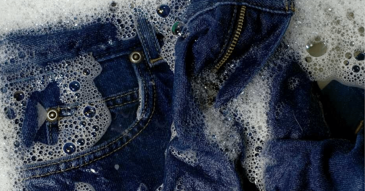 3 Ways To Wash Your Jeans To Keep Them Looking Brand New!