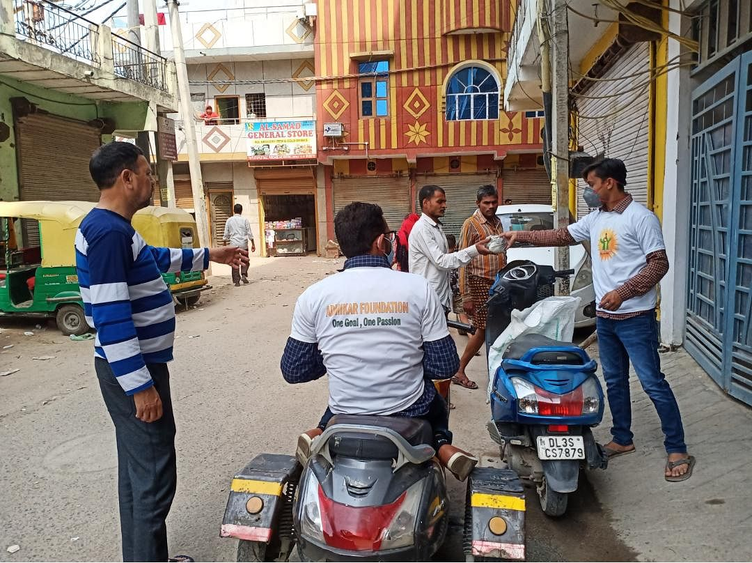 Coronavirus India covid19 initiative poor workers Mumbai Bengaluru Delhi Chennai jov30