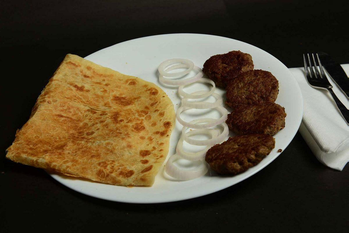 Como chefes de uma equipe e Nawabs desdentados deram à Índia seus kebabs 3