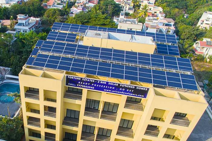 Scorpio, solar powered apartment in Pune using solar products for home