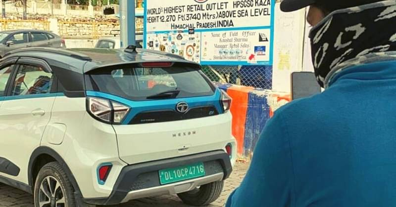 Anjney traveled to world's highest petrol pump by EV
